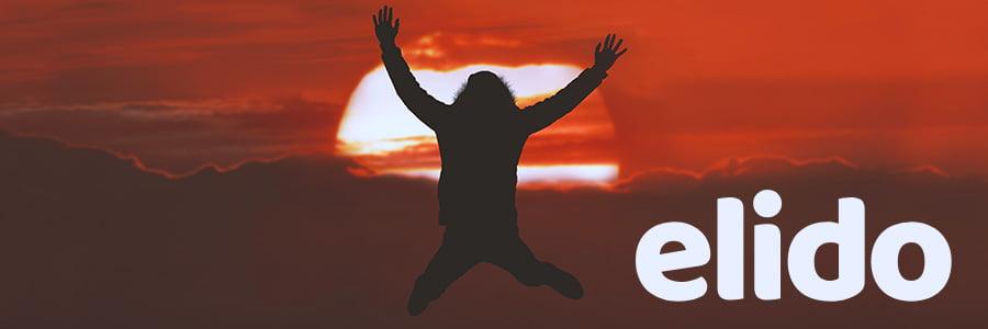 Heppu hyppää auringonlaskun edessä